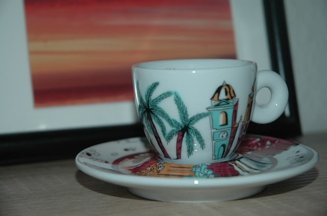 illy-art-collection_espresso-tassen_blog_oceanblue-style.jpg