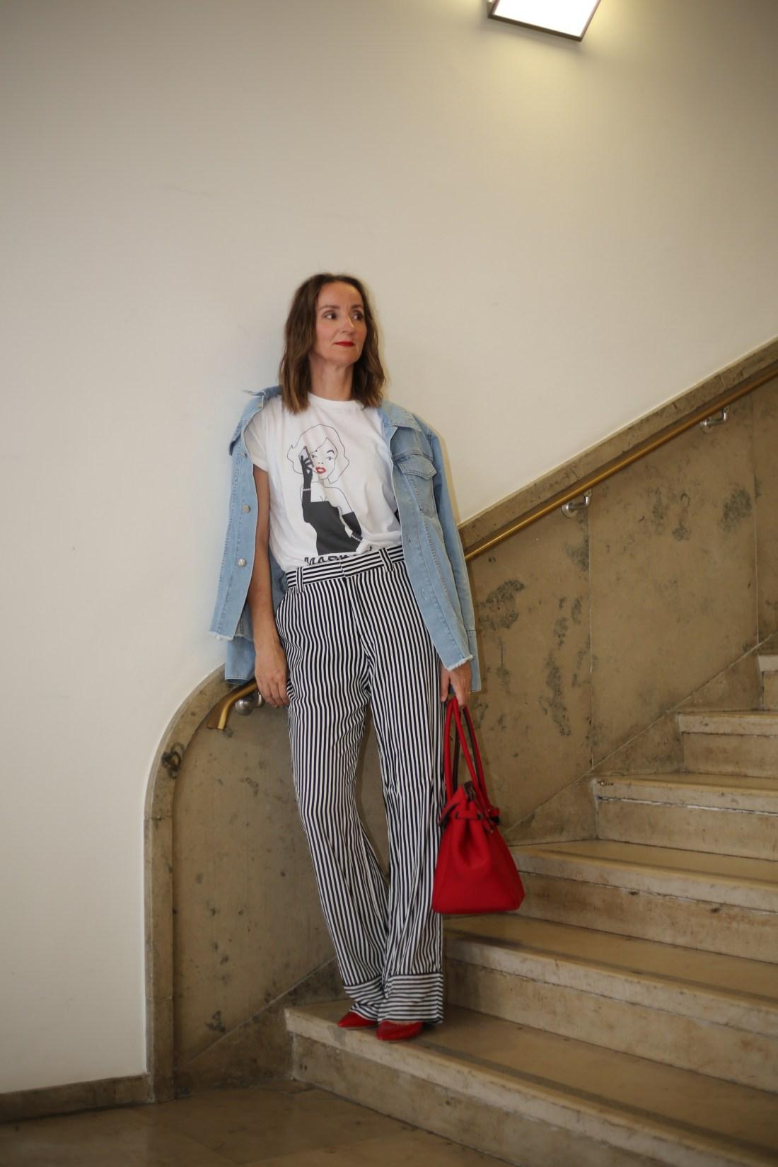 weite-pyjama-hose_streifen_faltenrock_streifenbluse_slingback-pumps_rot_mode-blog-ü40_Oceanblue-style_jeansjacke_denim_neopren_birkin-bag (2)