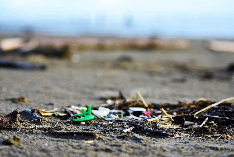 Microplastics found on beaches in Oregon