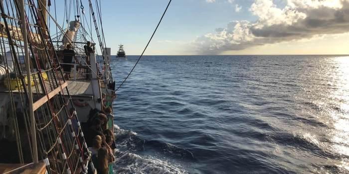Schiff wird gezogen