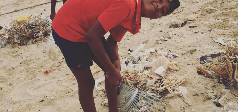 Beach Cleaning - Ocean Delight Surf School