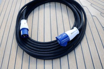 Covered Power Cable Black