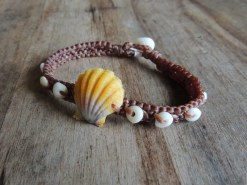 "Ocean Tuff Jewelry - ""Surfer Girl"" Sunrise Shell Bracelet"