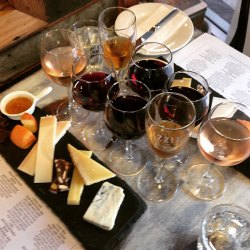 cheese-and-wine-experience-french-flight