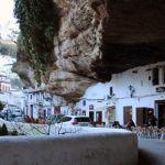Setenil de Las Bodegas y sus calles. Cádiz