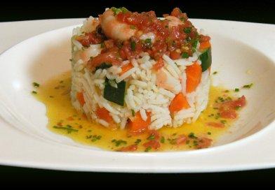 Ensalada de arroz con vinagreta de tomate