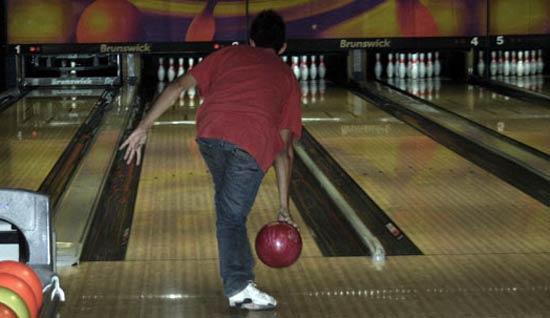 Partida de bolos -bowling- en Lanzarote