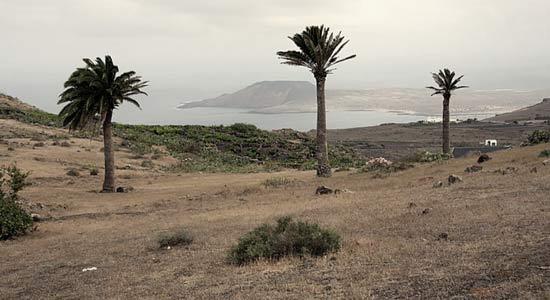 Vistas de La Graciosa, sendero Guinate-Gallo-Máguez, senderismo en Lanzarote