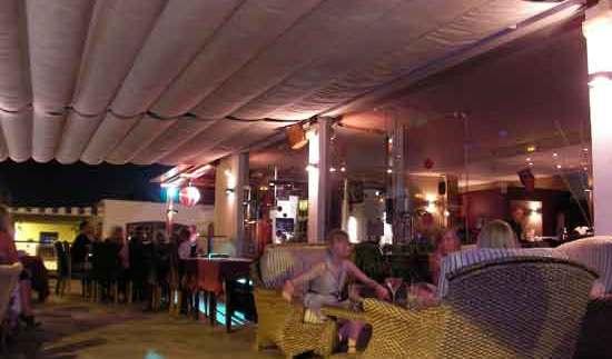 Café del Carmen, vida nocturna en Lanzarote