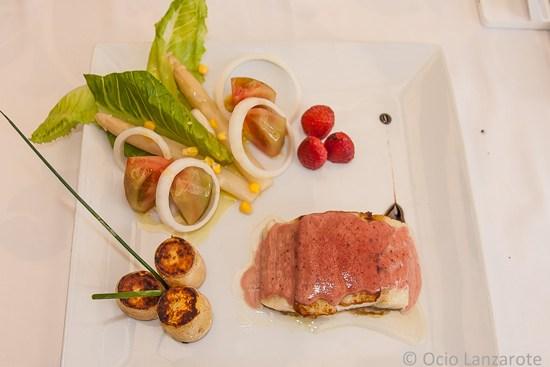 Bacalao con alioli de fresa gratinado del restaurante El Olivo