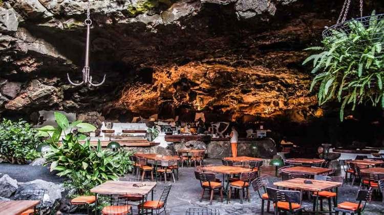 Noches de Jameos, Cena y Concierto en Jameos del Agua (Cada semana)