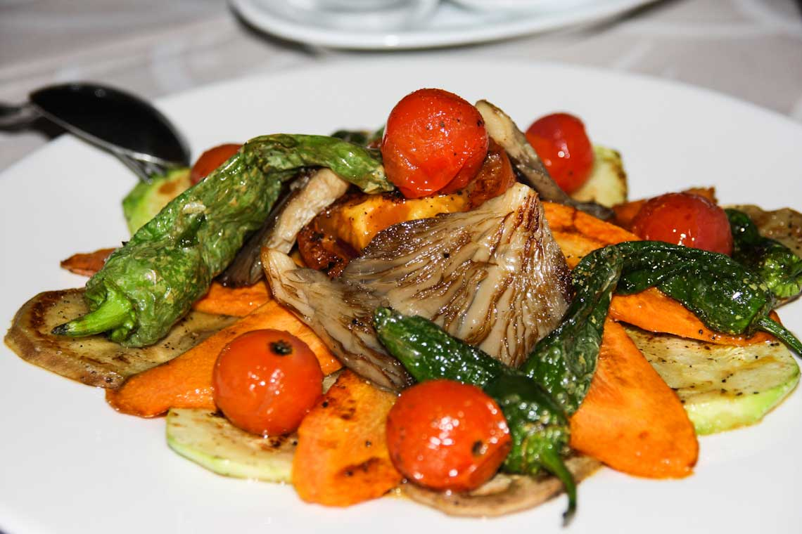 plato vegetariano de restaurante lagomar