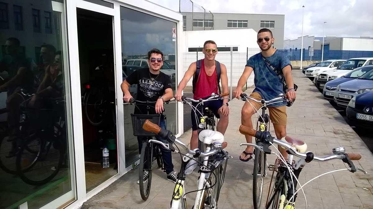 clientes bicicletas alquiler lanzarote