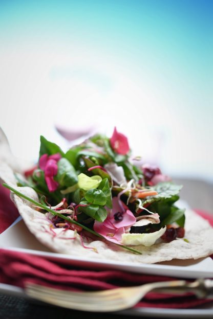 Flowers Rainbow Salad on Handmade Matzo Bread :: Nikon Day @ Sabatini Fotografia | Recipe and Styling: Orsola Ciriello Kogan | Photo: ©LuciaZeccara