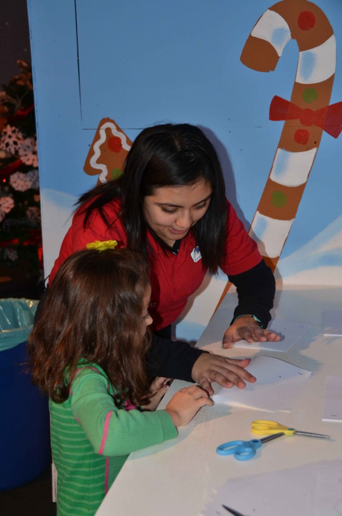 Discovery-Science-Center-Gingerbread-14