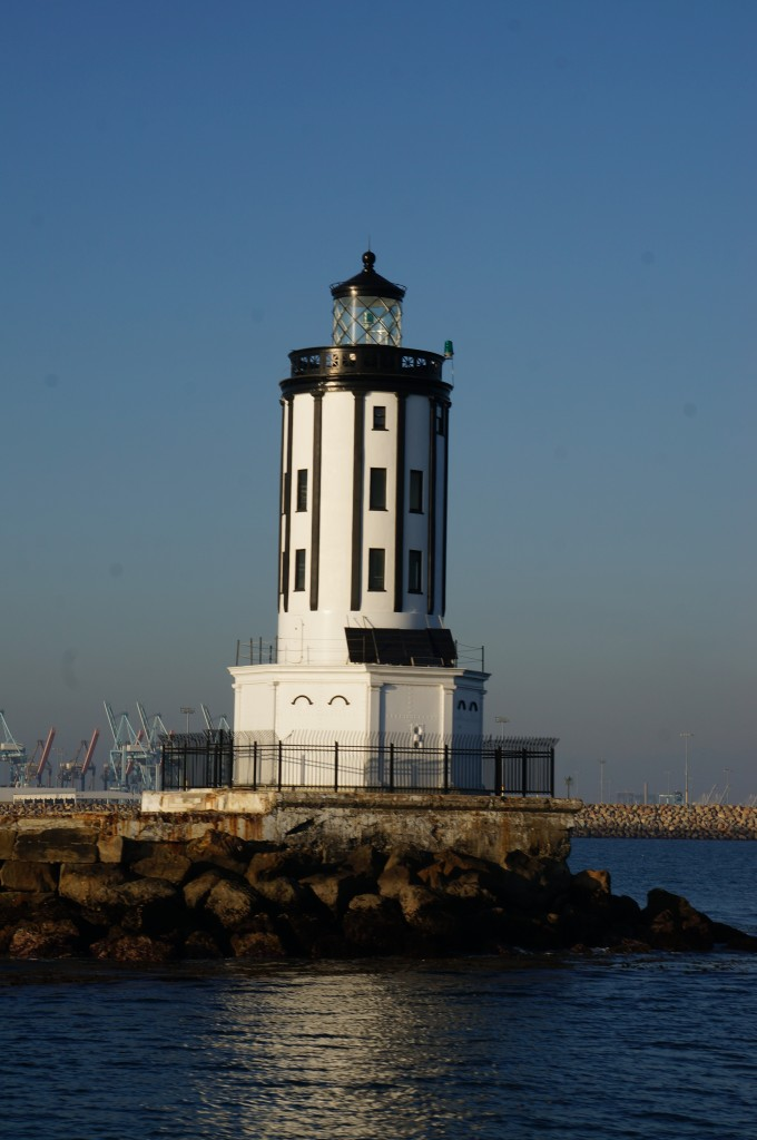 Long-Beach-Lighthouse