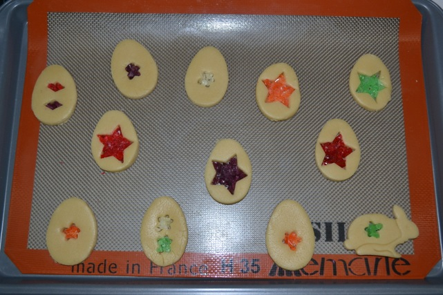 Stained-Glass-Easter-Cookies-11