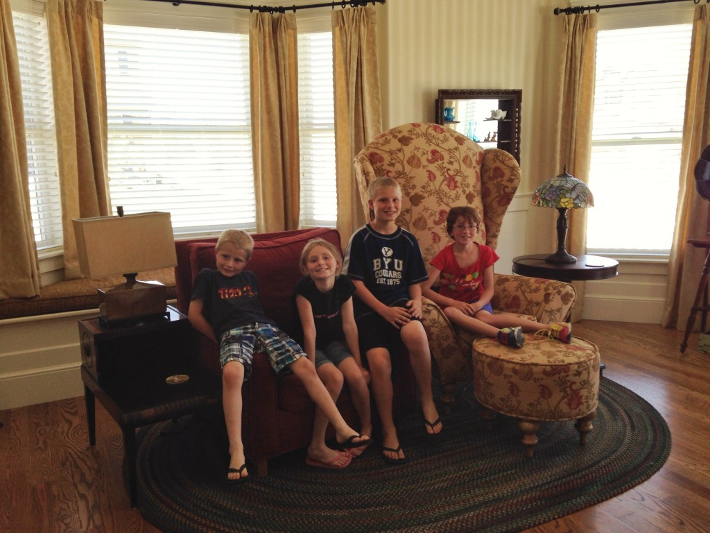 The kids in the front room of the UP House in Utah