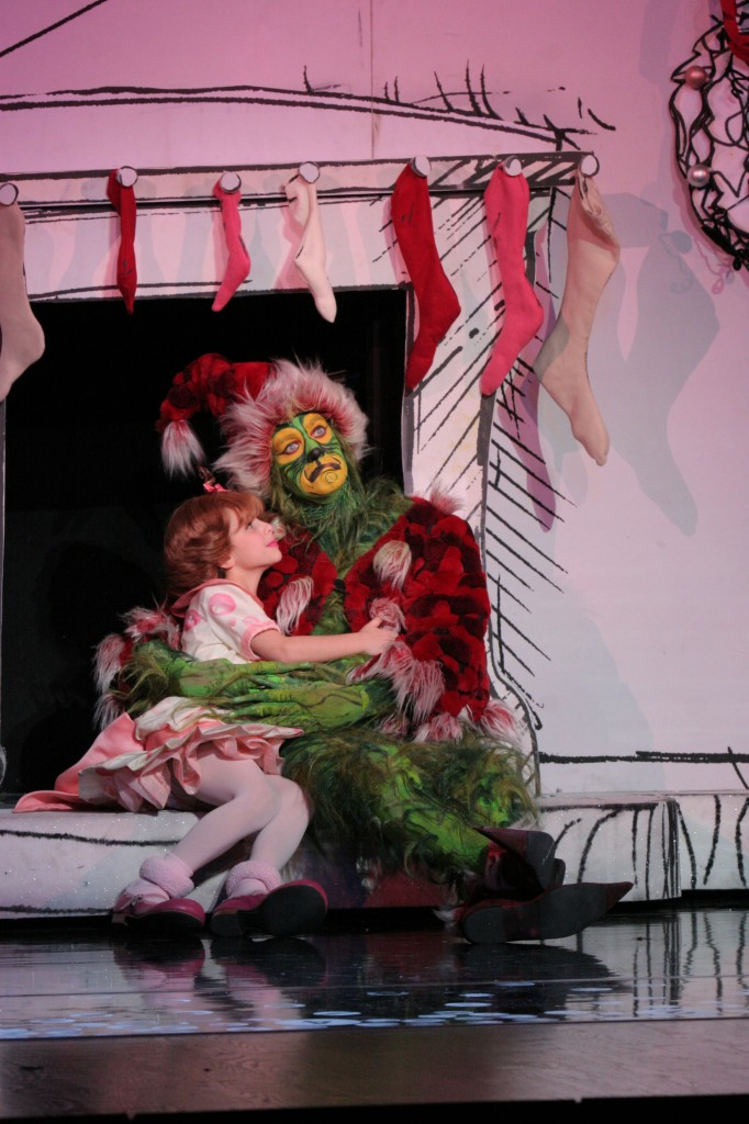 Segerstrom Center - Brooke Lynn Boyd as Cindy-Lou Who and Stefan Karl as The Grinch - Photo by PaparazziByAppointment.com
