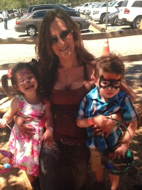 Ekaterina with her twins.