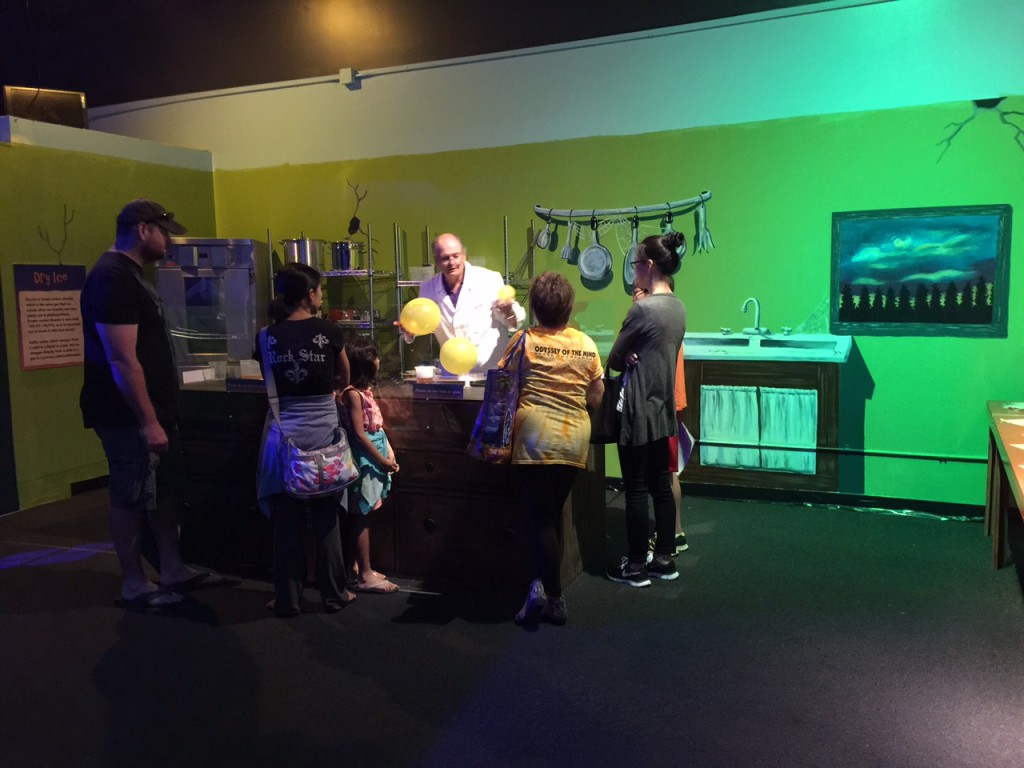 Learning about science is fun at Discovery Cube OC #DiscoveryCubeMoms