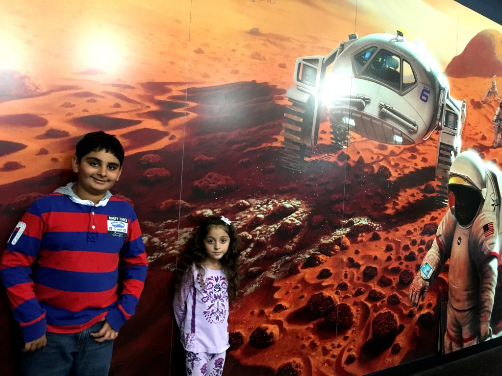 Kids and space at Columbia Space Museum
