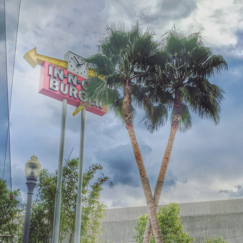 in-n-out sign