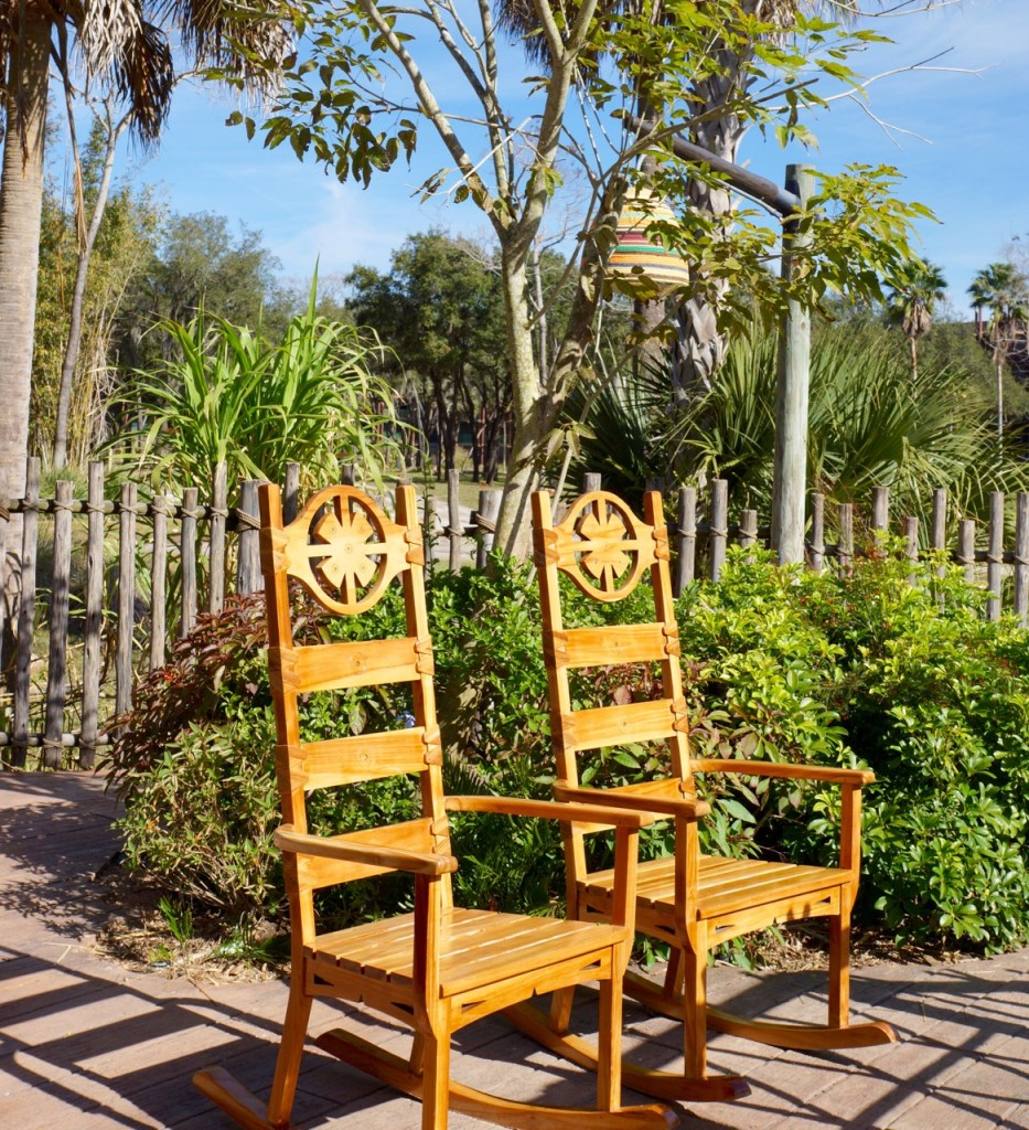chairs to watch african animals in florida