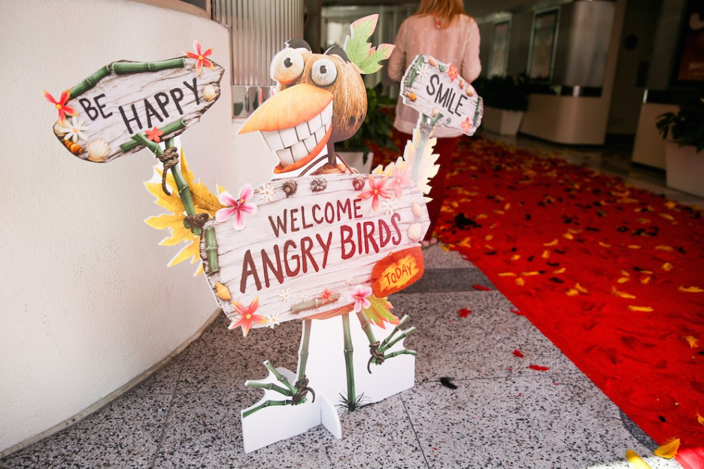 Welcome to the Angry Birds Sneak Beak