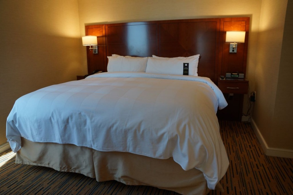 beds at Marriott Marquis San Diego Marina