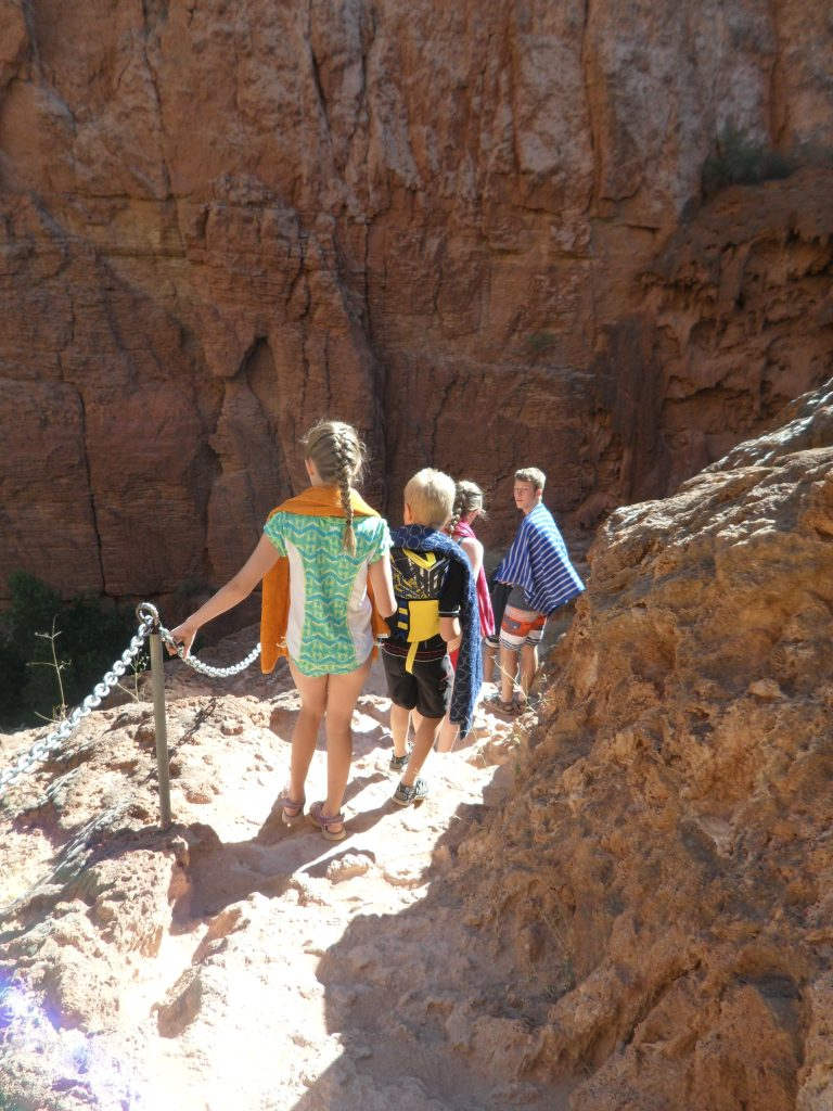 Hiking to Mooney Falls