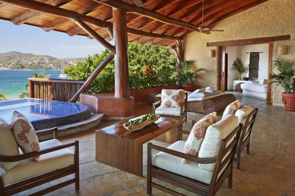 suite-terrace-at-viceroy-zihuatanejo
