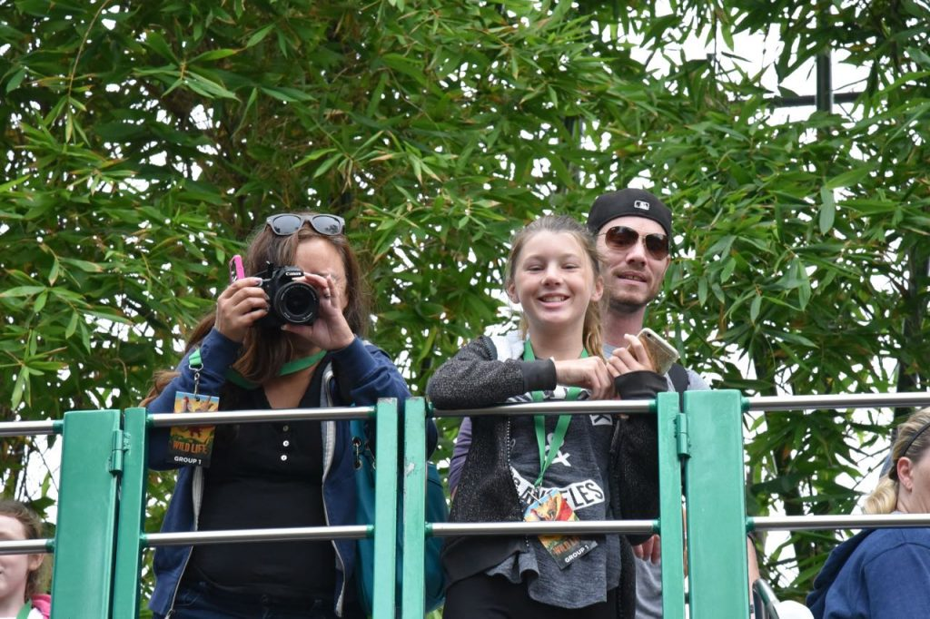 taking-pictures-at-the-san-diego-zoo