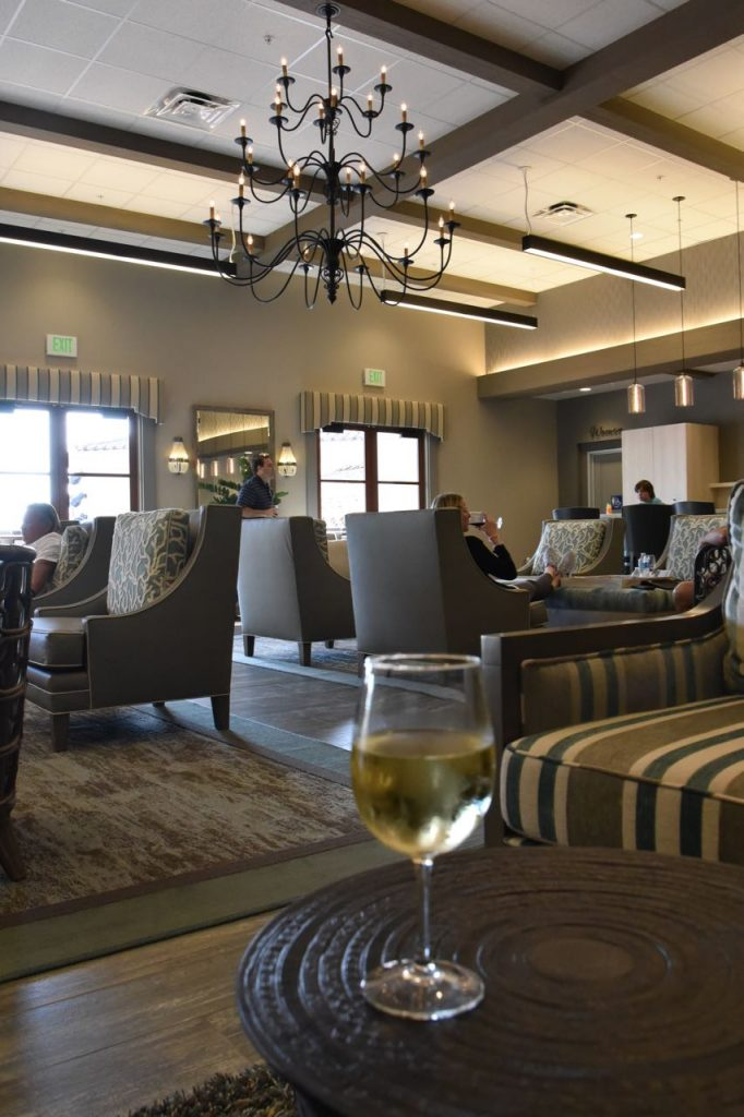 beautiful-interior-of-the-outlets-at-san-clemente-vip-lounge