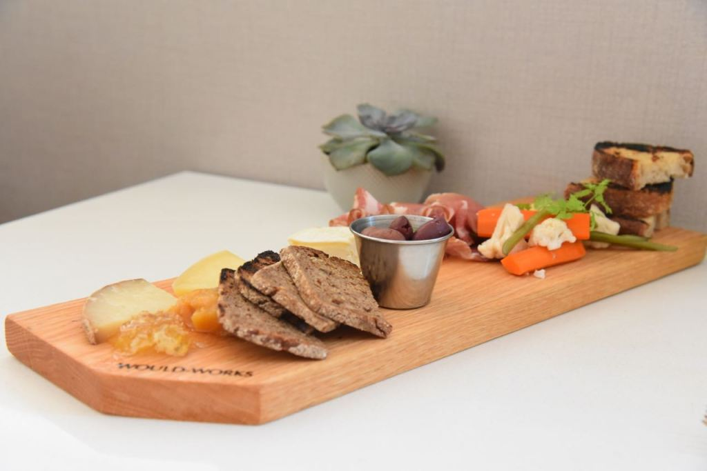 meats-and-cheeses-at-pacific-standard-coastal-kitchen