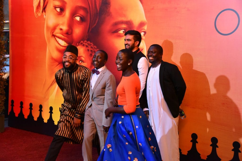 queen-of-katwe-cast-celebrating-their-film