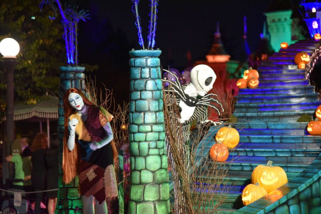 jack-skellington-at-disneyland