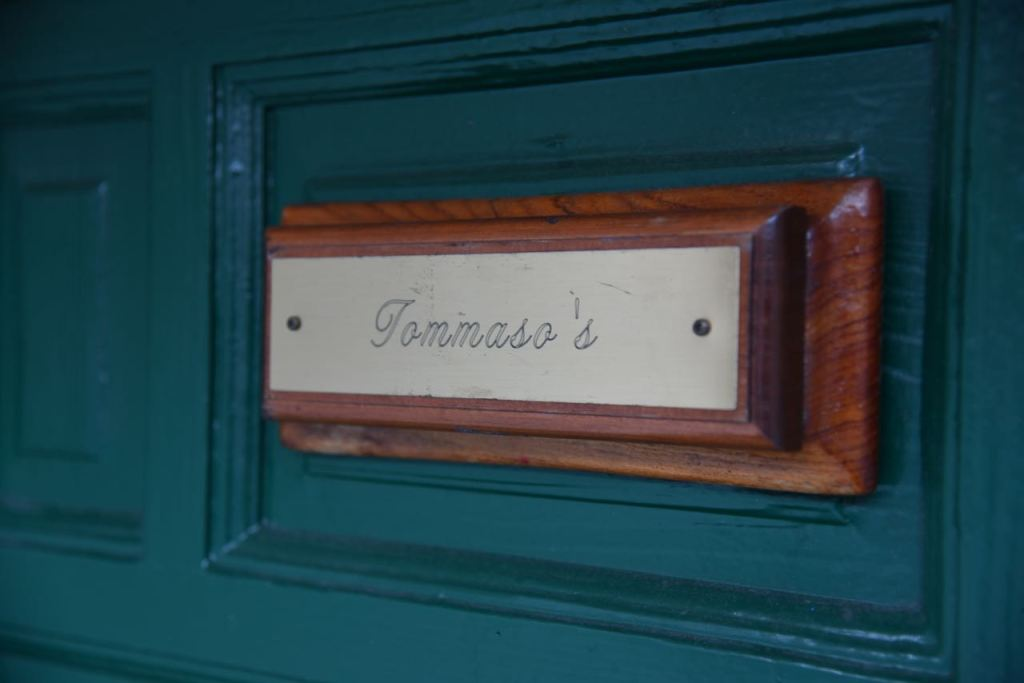 tomassos-in-san-francisco
