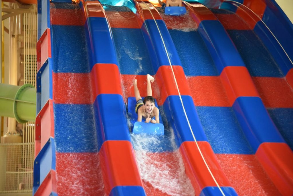 riding-the-slides-at-great-wolf-lodge
