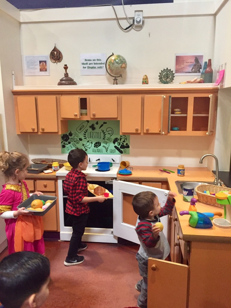 Cooking in Pretend City
