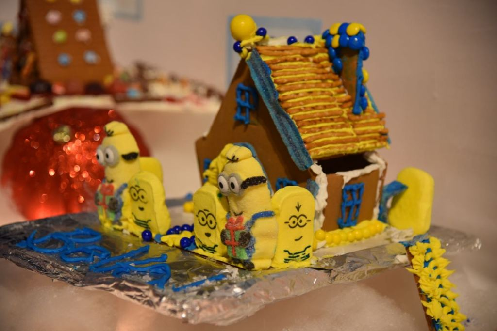Minion House at Discovery Cube OC #DCOCwinter