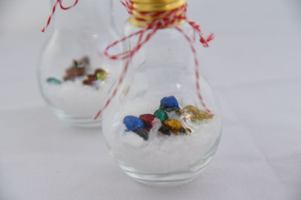 simple DIY ornaments