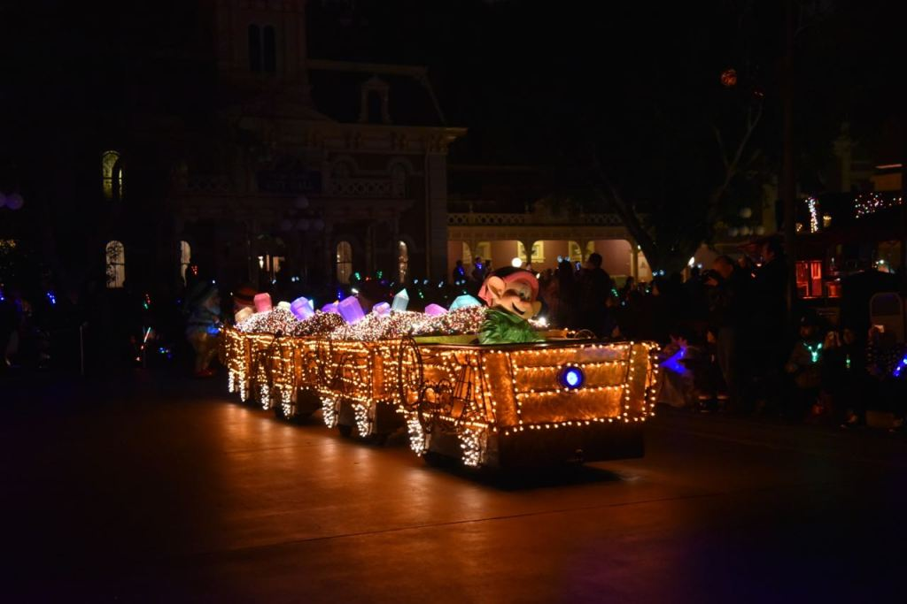 Seven dwarfs in the Main Street Electrical Parade at Disneyland