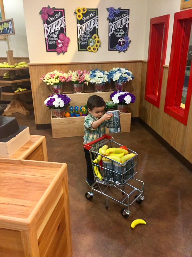 Shopping in the Pretend City Trader Joe's