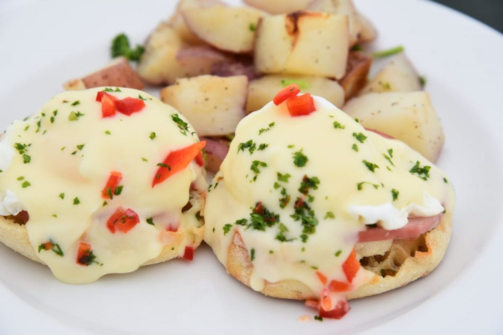Hornblower Cruise Eggs Benedict