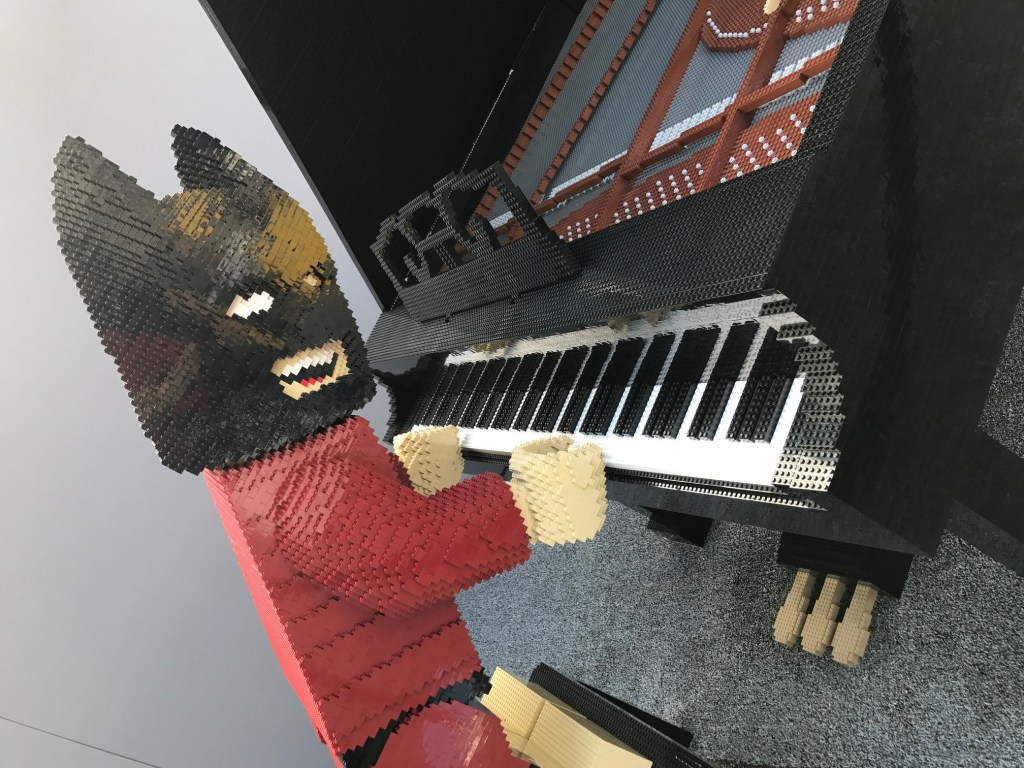 Lego Batman playing the piano