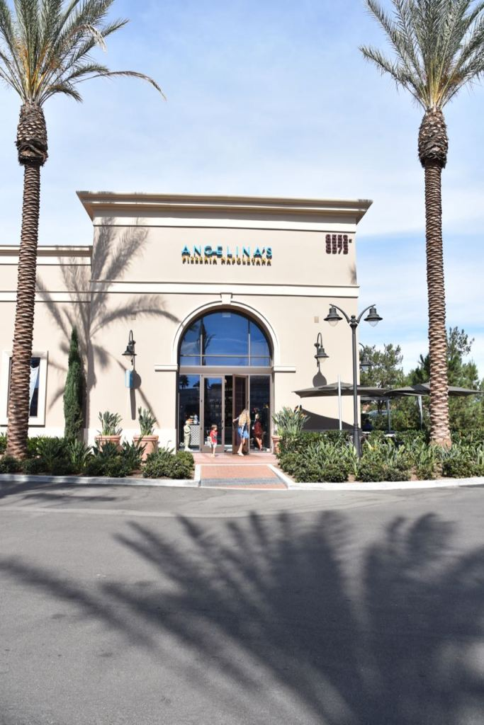 Entrance to Angelina's Pizzeria in Irvine
