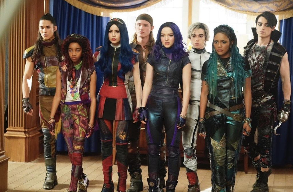 Cast of Descendants 3