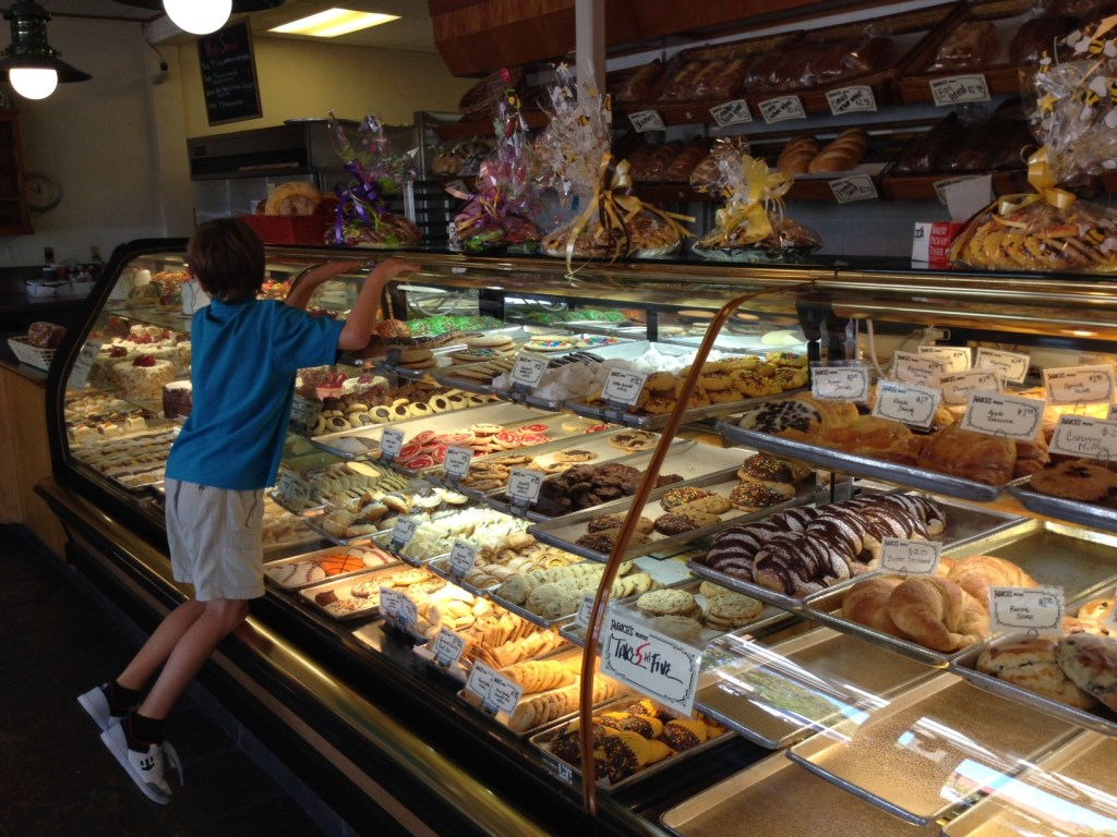 Frenchs-Bakery-1