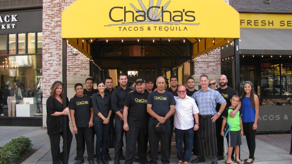 cha-chas-latin-kitchen-staff